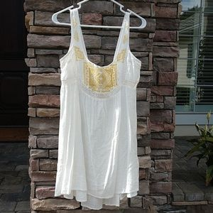 Anthropologie Lilka White Lace Gold Stitched Tunic
